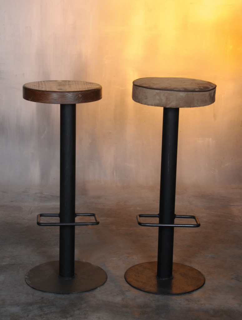 Taburete hierro natural bandi muebles de hierro lat n for Muebles industriales madera y hierro