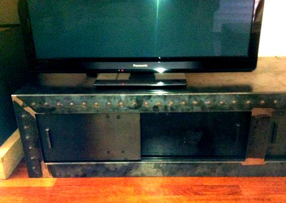 Mueble lisboa muebles de hierro lat n zinc inox for Diseno de muebles de hierro