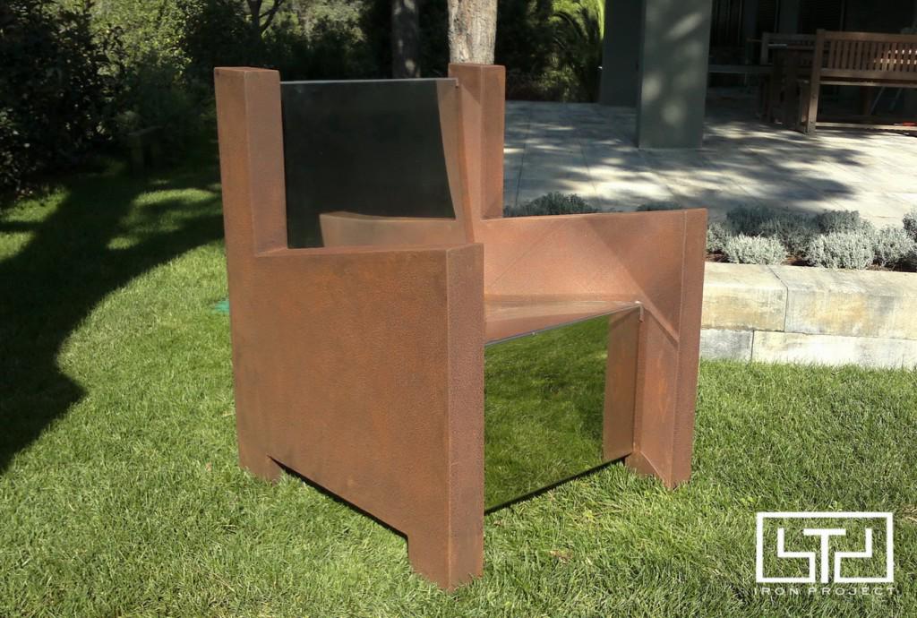 Sofa-Garden-1