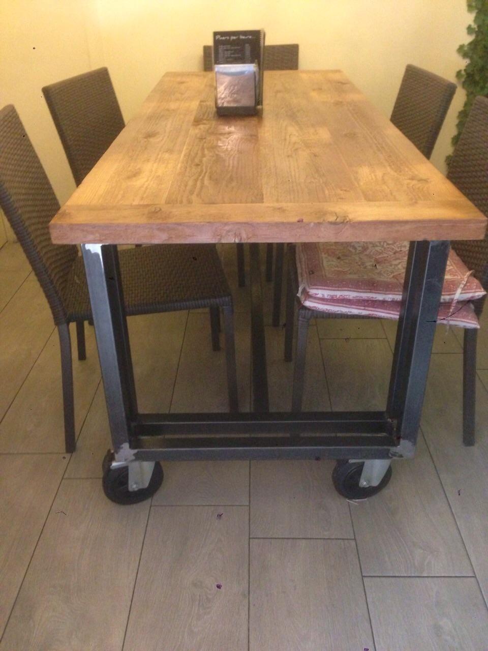 Muebles hierro artesanales 20170813232550 for Muebles de comedor mesas