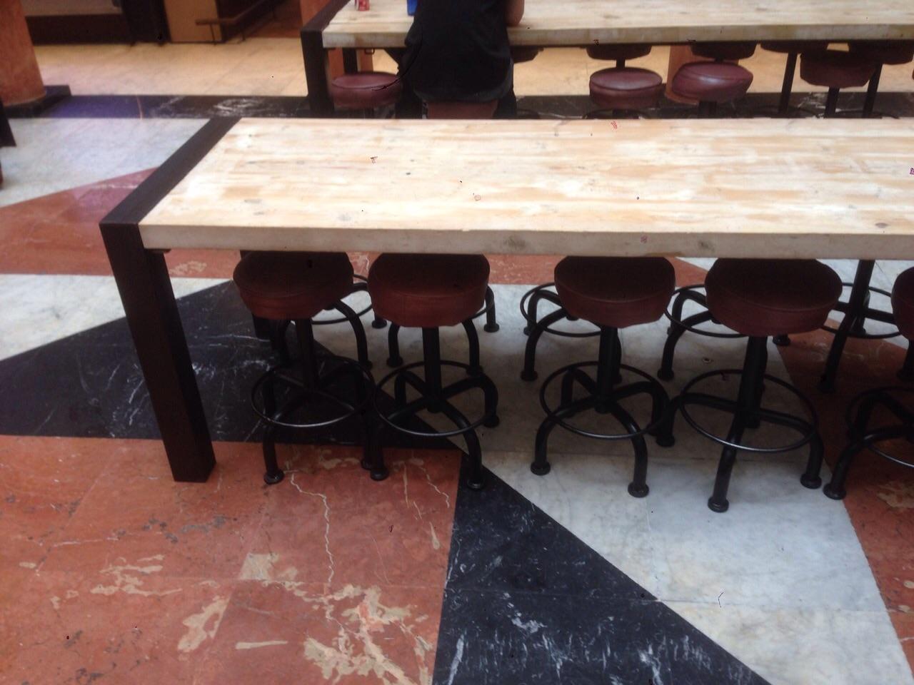 Mesa hm hierro madera muebles de hierro lat n zinc - Mesa de hierro ...